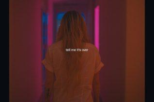 Avril Lavigne — Tell Me It's Over