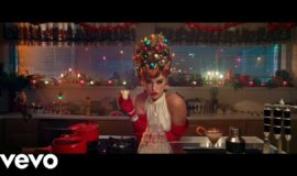 Katy Perry — Cozy Little Christmas