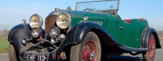 30 տարի ավտոտնակում մոռացված Bentley-ն վաճառվել է ավելի քան 450 000 ֆունտ ստերլինգով